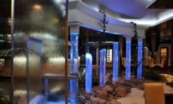 Воздушно-пузырьковые панели (колонны) – стильное решение в интерьерной рекламе